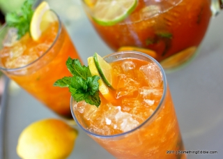 Summer Refreshment with the Power of Booze: Bourbon Whiskey Iced Tea.